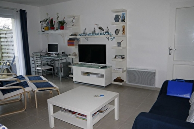 TEXT_PHOTO 3 - APPARTEMENT A VENDRE : AU COEUR DE SAINT-QUAY !